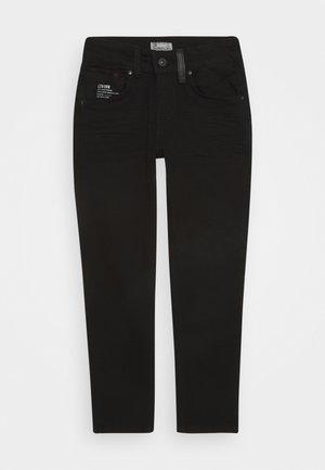 SMARTY - Džíny Slim Fit - black wash