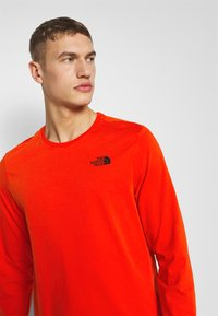The North Face - EASY TEE - Langarmshirt - fiery red - 3
