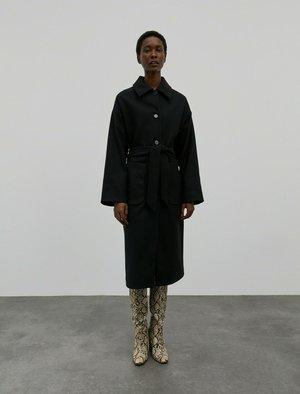TOSCA - Classic coat - schwarz