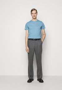 PS Paul Smith - MENS TROUSER WIDE LEG - Stoffhose - grey - 1