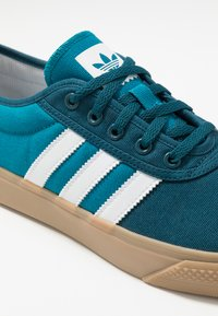 adidas Originals - ADI-EASE - Trainers - tech mint/footwear white/activ teal - 5