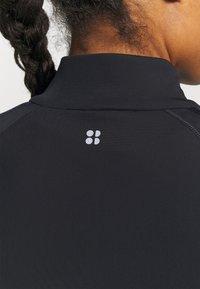 Sweaty Betty - THERMODYNAMIC HALF ZIP REFLECTIVE - Fleece jumper - black - 5