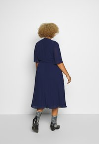 TFNC Curve - BELO MIDI DRESS - Cocktailkjoler / festkjoler - navy - 2