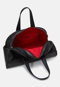 Armani Exchange - Weekend bag - nero - 2