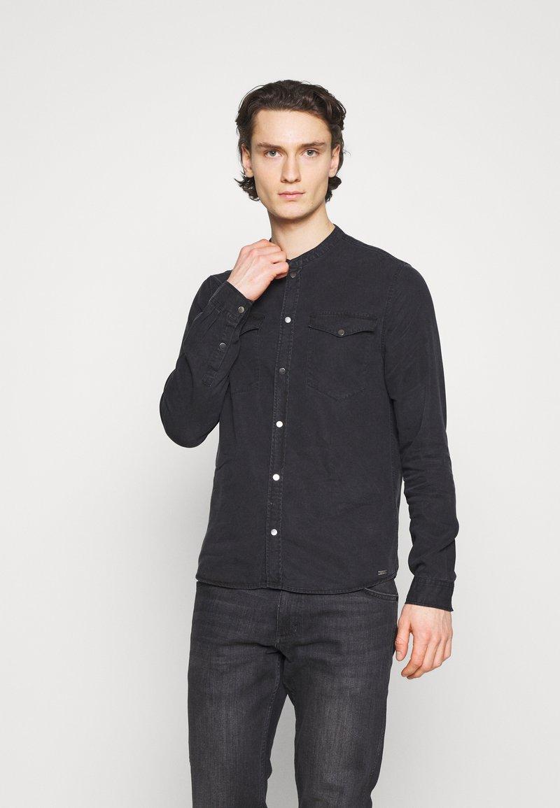 Tigha - Shirt - black