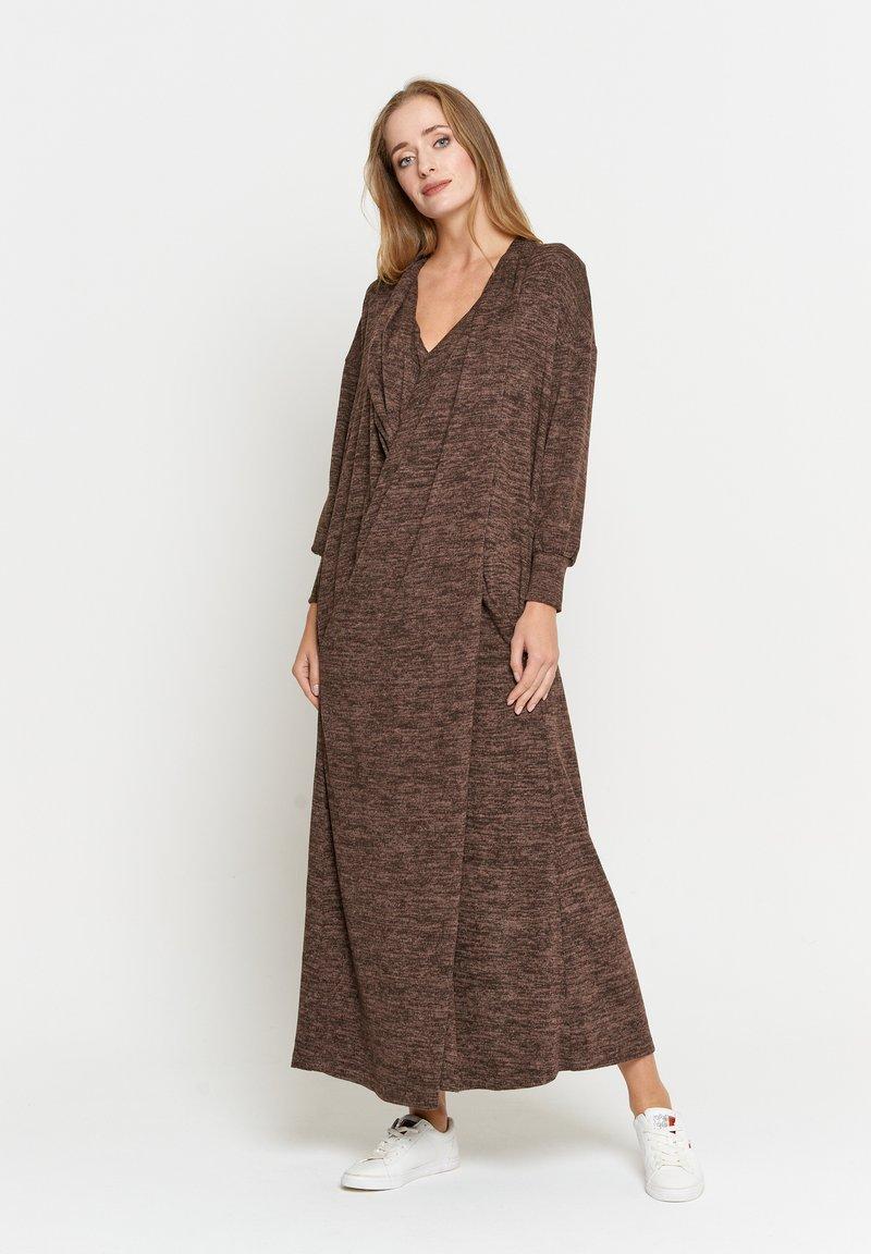 Madam-T - FEMIDA - Maxi dress - braun