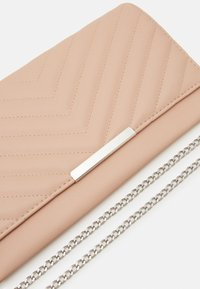 Anna Field - Clutch - nude - 3
