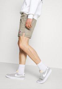 Nike Sportswear - Kraťasy - light army - 3