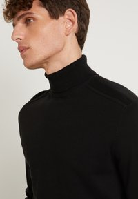Selected Homme - SLHBERG ROLL NECK - Trui - black - 6