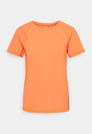 ONPPERFORMANCE TRAINING LOOSE - Basic T-shirt - sunset orange/black