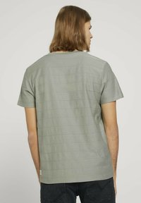TOM TAILOR DENIM - T-shirt basique - greyish shadow olive - 2