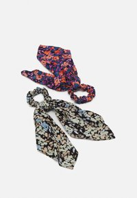 Pieces - PCANLINE 2-PACK SCRUNCHIE  - Hair styling accessory - sky captain/artsy flower-black - 0