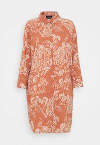 Monki - MOA RAGLAN SHIRTDRESS - Shirt dress - coralle - 4