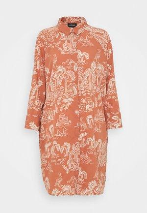MOA RAGLAN SHIRTDRESS - Skjortekjole - coralle