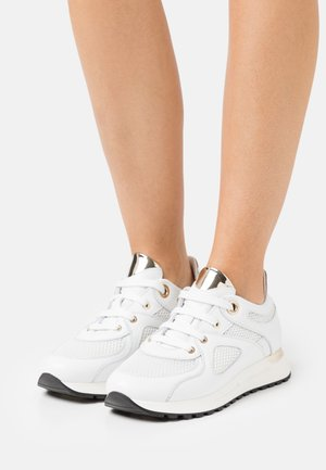 MINA  - Trainers - bianco/plantino