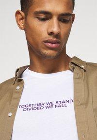 YOURTURN - Print T-shirt - white - 3