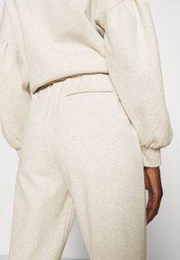 Lounge Nine - CESARINE PANTS - Trousers - pastel parchment melange - 3