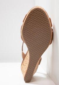 Dune London WIDE FIT - WIDE FIT KOALA - Platform sandals - tan - 6