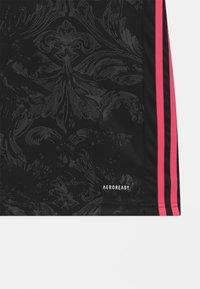 adidas Performance - REAL MADRID AEROREADY SPORTS FOOTBALL UNISEX - Club wear - black - 3