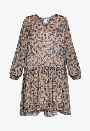 WILDLY SHORT DRESS - Kjole - creme de peche