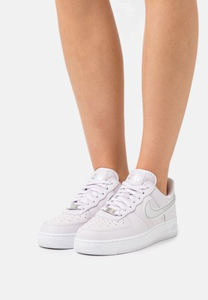 AIR FORCE 1 - Trainers - venice/metallic silver/white