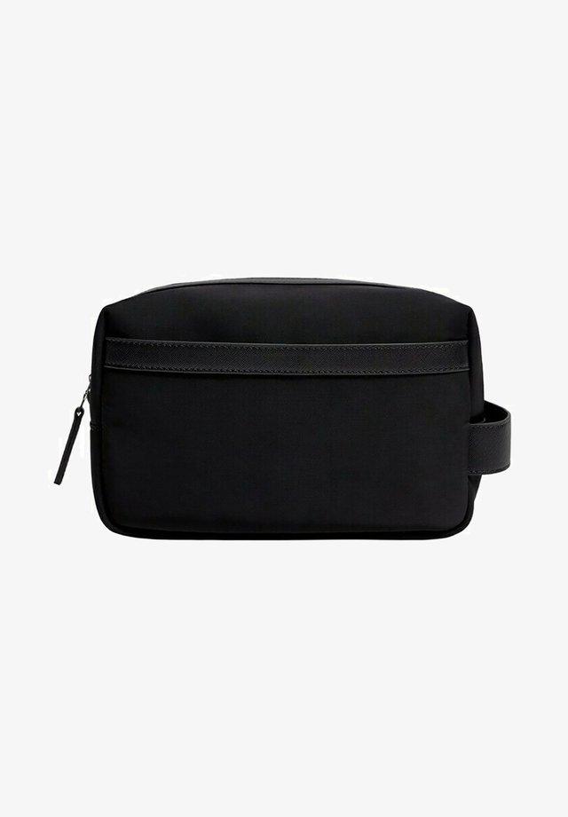 SUITCAS - Trousse de toilette - noir