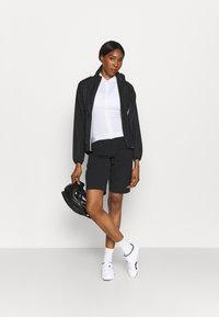 Gore Wear - WEAR PASSION SHORTS WOMENS - kurze Sporthose - black - 1