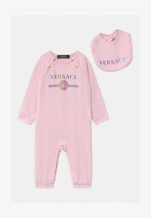 REGALO SET  - Cadeau de naissance - rose