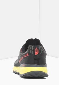 The North Face - M ULTRA SWIFT FUTURELIGHT - Sneakers laag - tnf black/tnf yellow - 3