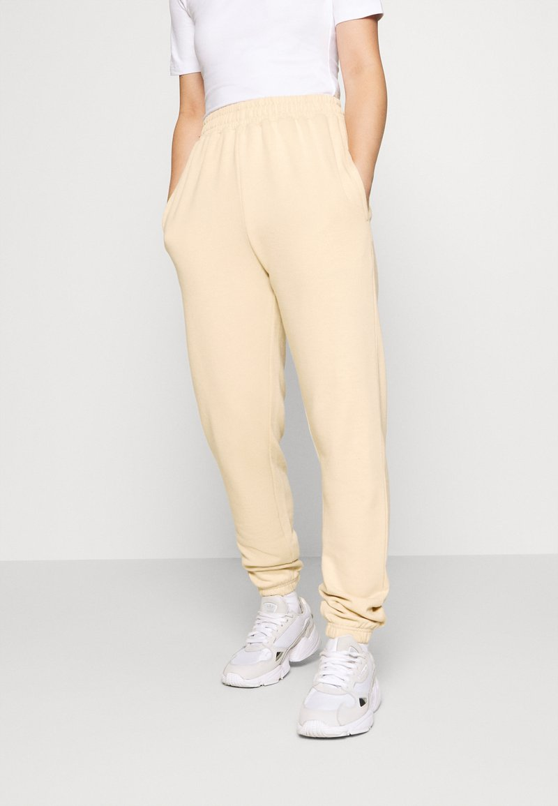 Missguided Petite - BASIC JOGGERS - Tracksuit bottoms - sand