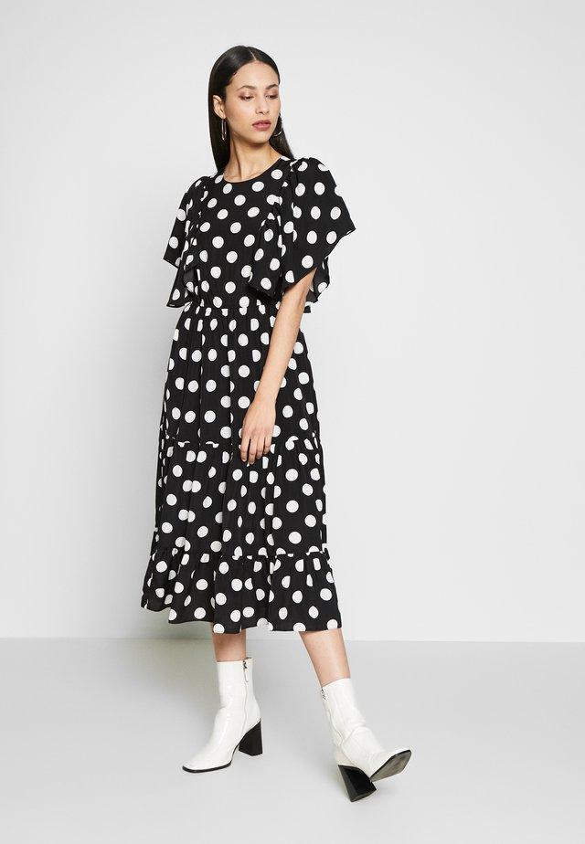 YASJANESSA DRESS - Vapaa-ajan mekko - black