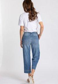 CLOSED - Straight leg jeans - blue - 1