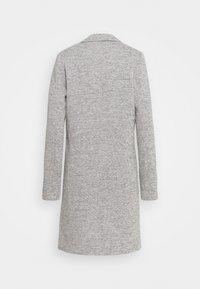 ONLY Tall - ONLCARRIE LIFE COAT - Klasický kabát - light grey melange - 7