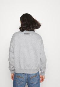 WRSTBHVR - SWEATER CITIZEN UNISEX - Sweatshirt - grey melange - 2