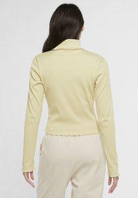 Nike Sportswear - Long sleeved top - tea tree mist - 2