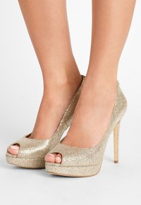 MICHAEL Michael Kors - ERIKA PLATFORM - Peeptoe heels - silver/sand - 0
