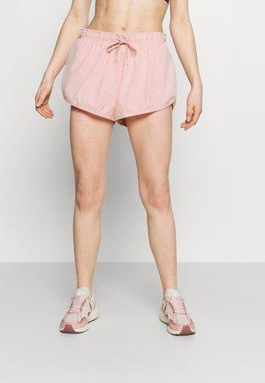 LIFESTYLE MOVE JOGGER SHORT - Sports shorts - fairy tale