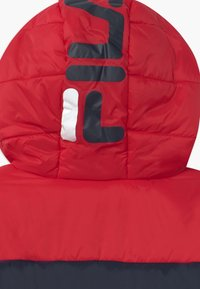 Fila - LYNN PUFF UNISEX - Winter jacket - black iris/true red/bright white - 3