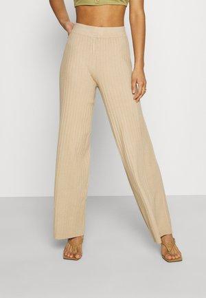 YASNYRA PANT - Bukse - beige
