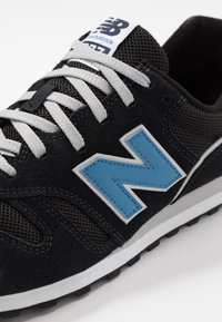 New Balance - 373 - Baskets basses - black/blue - 5