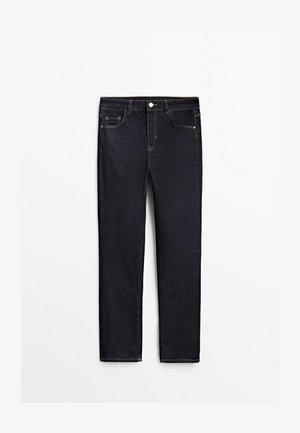 MIT HALBHOHEM BUND  - Slim fit jeans - dark blue