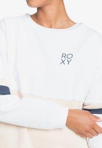 Roxy - WEEKEND VIBRATIONS - Sweatshirt - bright white - 3