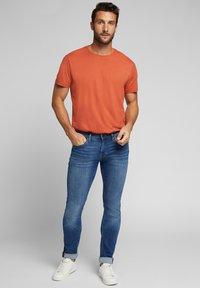 Esprit - Jeans slim fit - blue medium washed - 1