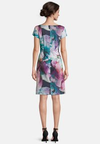 Vera Mont - Shift dress - dark blue/pink - 1