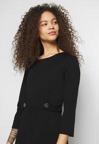 Anna Field Petite - DRESS FIT&FLARE - Jersey dress - black - 3