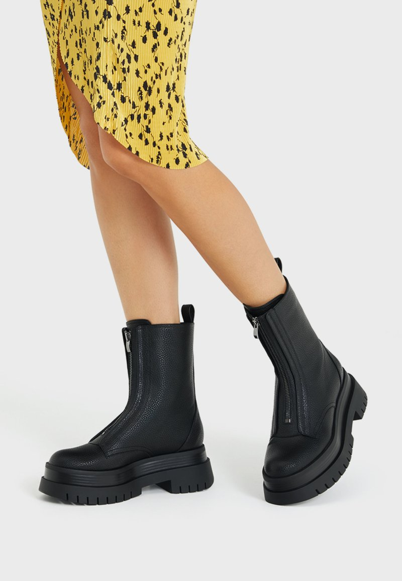Bershka - Platform ankle boots - black