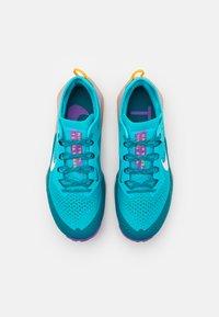 Nike Performance - AIR ZOOM TERRA KIGER 7 - Scarpe da trail running - turquoise blue/white/mystic teal/university gold/wild berry - 3