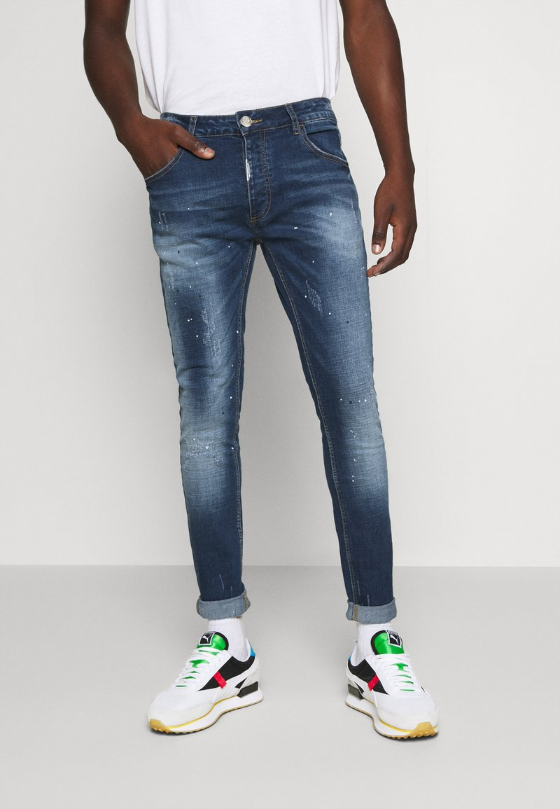 Alessandro Zavetti - RIMNI CARROT - Jeans Tapered Fit - blue wash