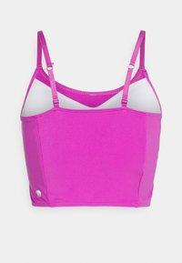 Cotton On Body - STRIKE A POSE YOGA VESTLETTE - Light support sports bra - magenta pop - 7