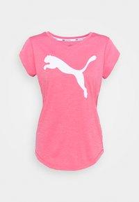 HEATHER CAT TEE - Print T-shirt - bubblegum